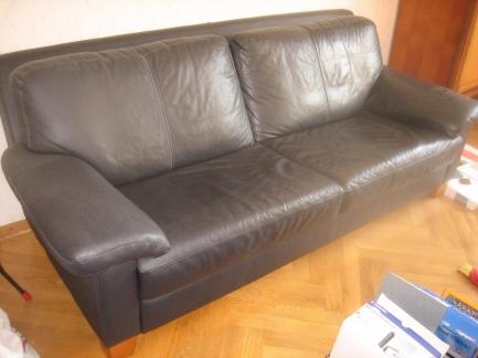 Софа 3 черная современная известного мирового бренда  купить в интернет магазине kamin.cn.ua по цене 7 930.00 Євро с доставкой по Украине