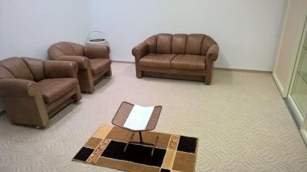 Комплект 3+1+1 коричневый офисный McGuire известного мирового бренда McGuire купить в интернет магазине kamin.cn.ua по цене 4 950.00 Євро с доставкой по Украине
